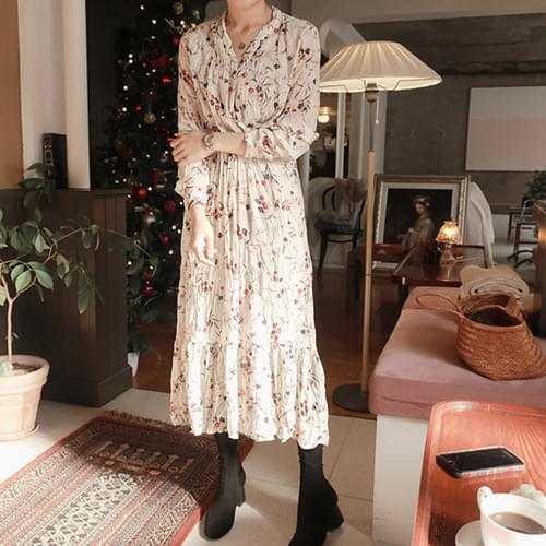 Holic-Flower Dress [size: 44 ~ thin 66 / 2color]