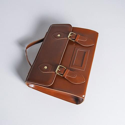 Ilura Cross-to-Buckle Bag