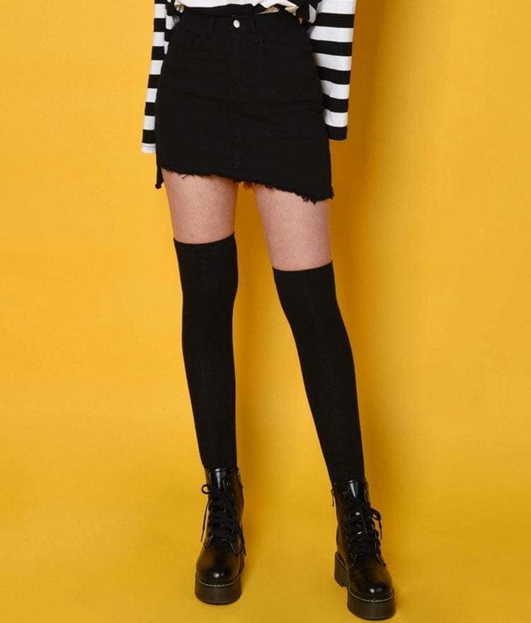 Point uncut skirt