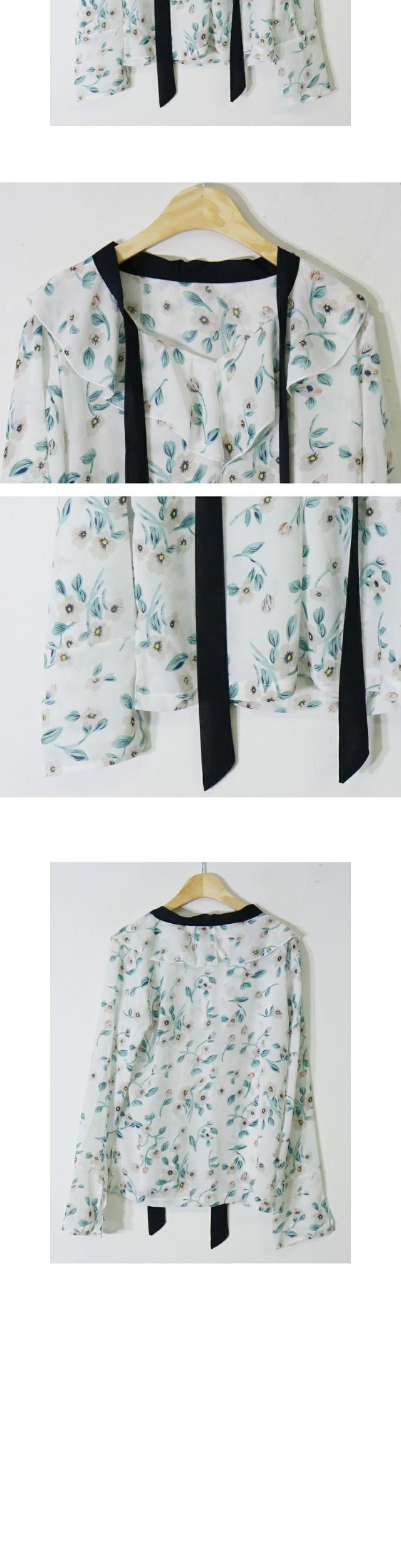Specials ♥ Emerald Flower Blouse