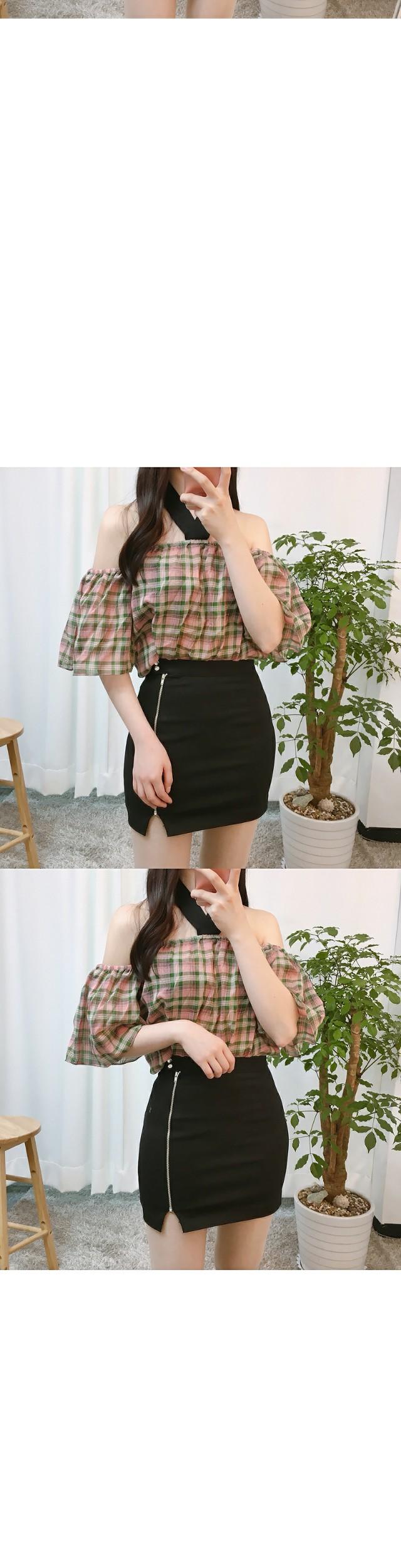 LETZ check shoulder blouse