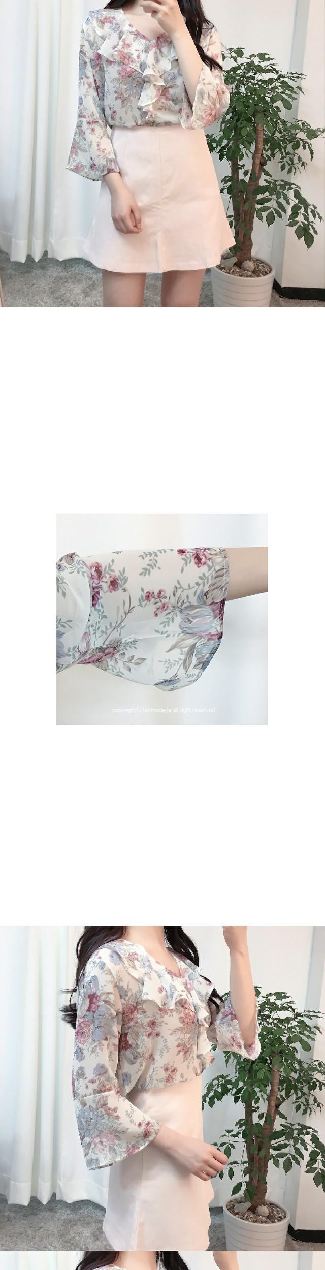 Shirring Rose Blouse