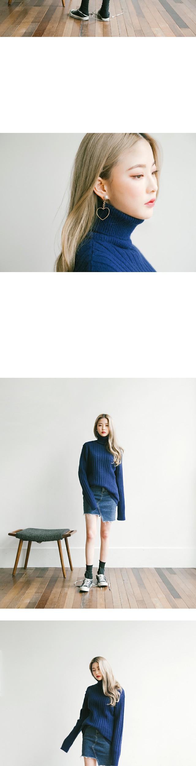 [TOP] RAMS WOOL TURTLE NECK KNIT
