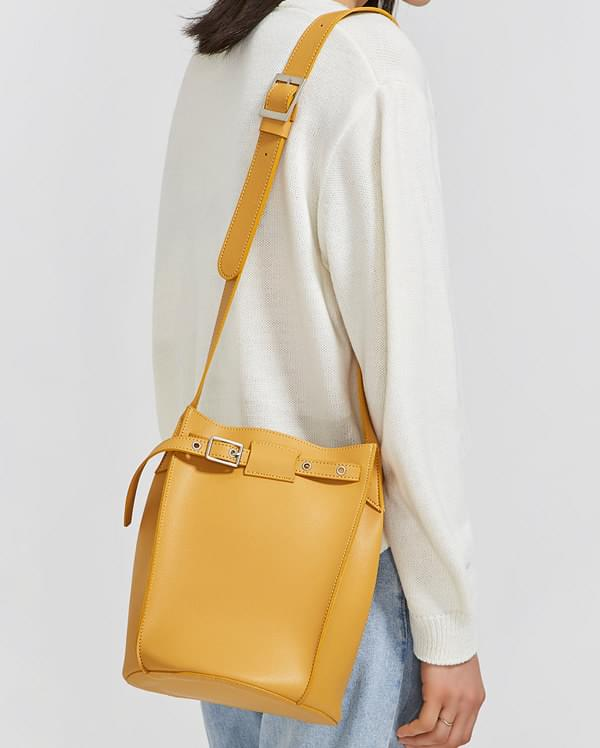big bucket type bag