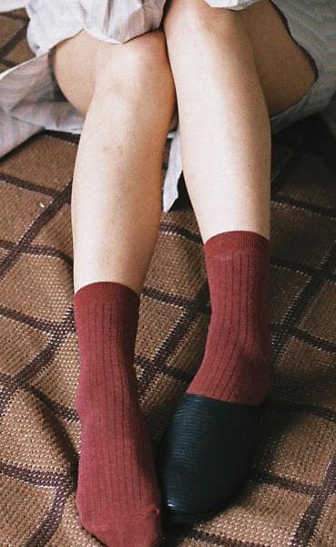 Paul Basic Color Ribbed Socks