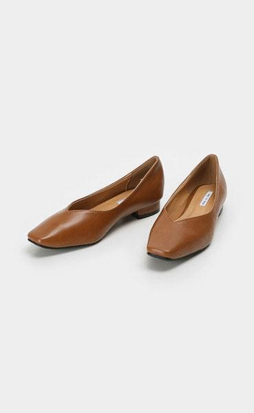 Square simple flat shoes