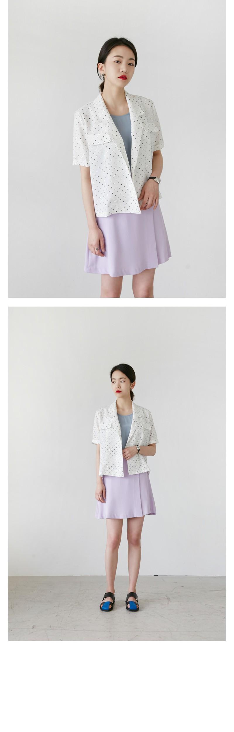 Silky sleeveless blouse_B (size : free)