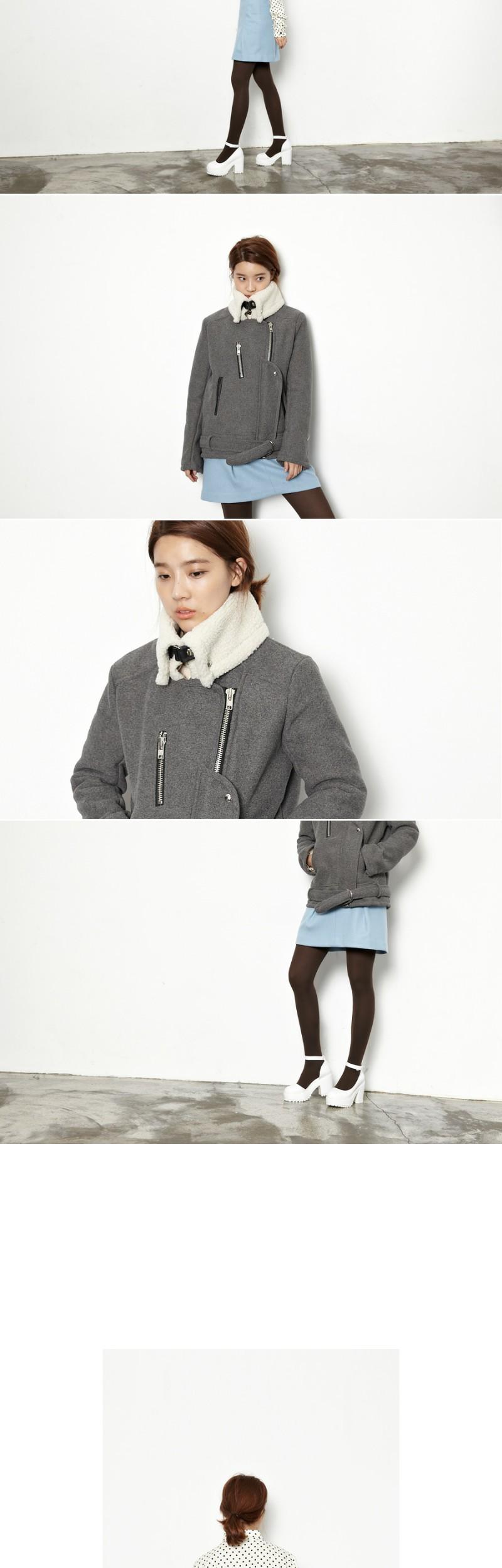 High pocket A-line skirt