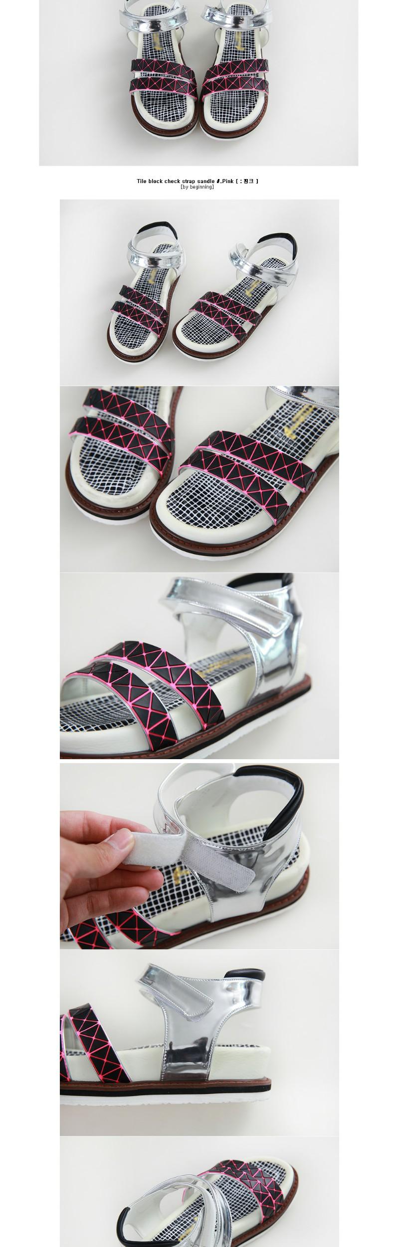 Tile block check strap sandle