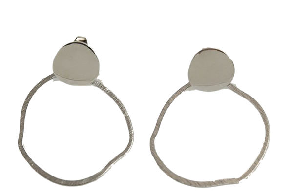 o-ring shape point earring