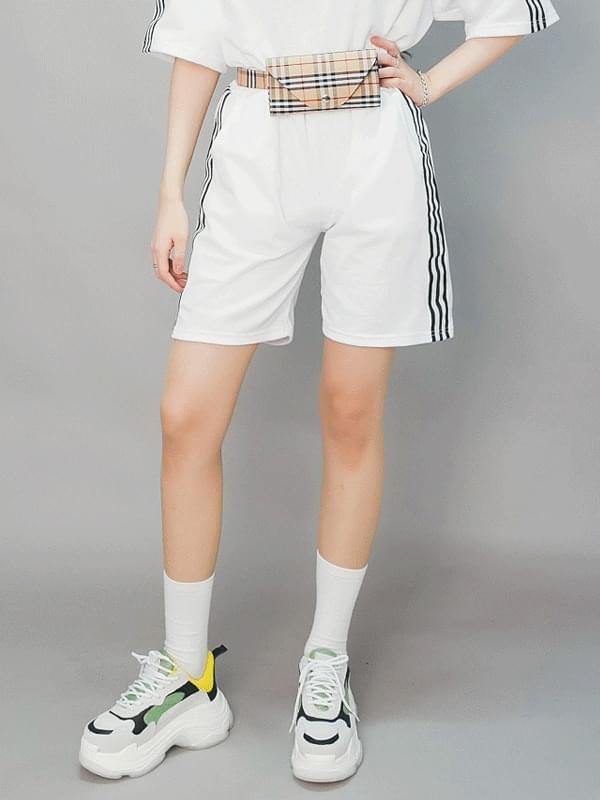 Uni-three shorts