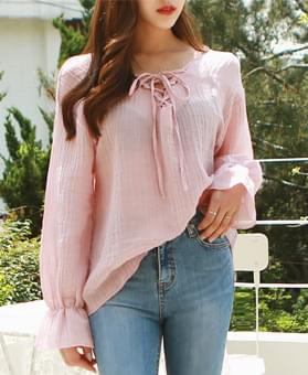Linen pleated Eyelet blouse