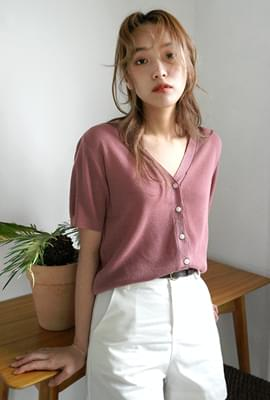Half v-neck cardigan