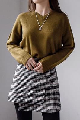 Plain Box V-Knit