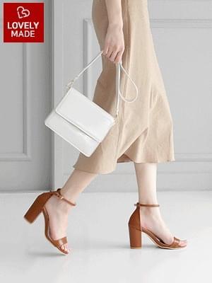 Just basic sandals 8.5cm