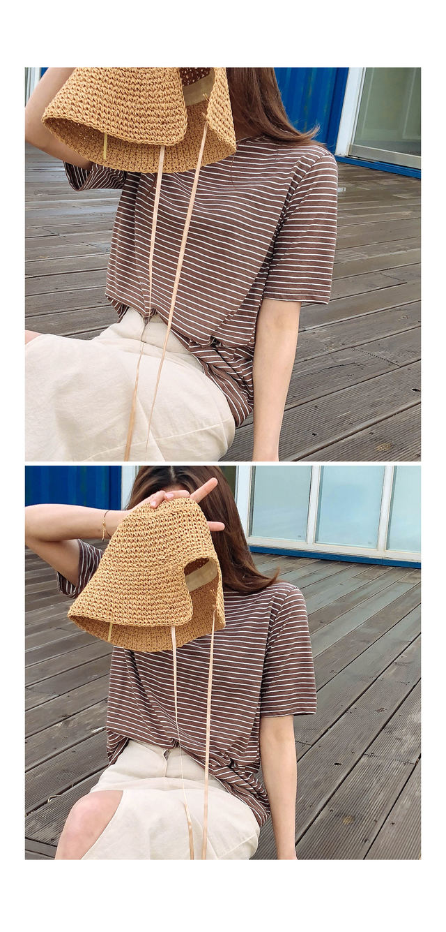 Striped Deeps Linen T-shirt ㅣ 4COLOR Eye Blue Black Clay Drop Drop Crop