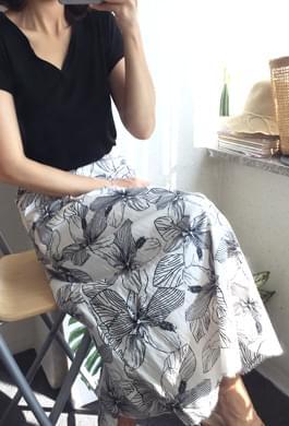 Banding waist line is nasty !! Aloha skirt (2 colors)