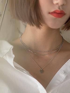 3-layered chain nacklace