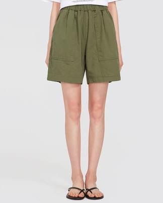 back pocket half pants