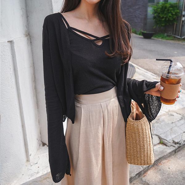 Feminine linen cardigan set