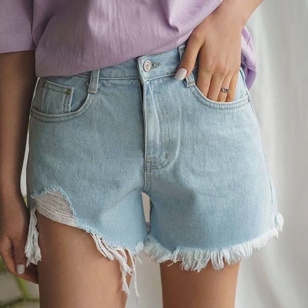 Thumb denim hot pants