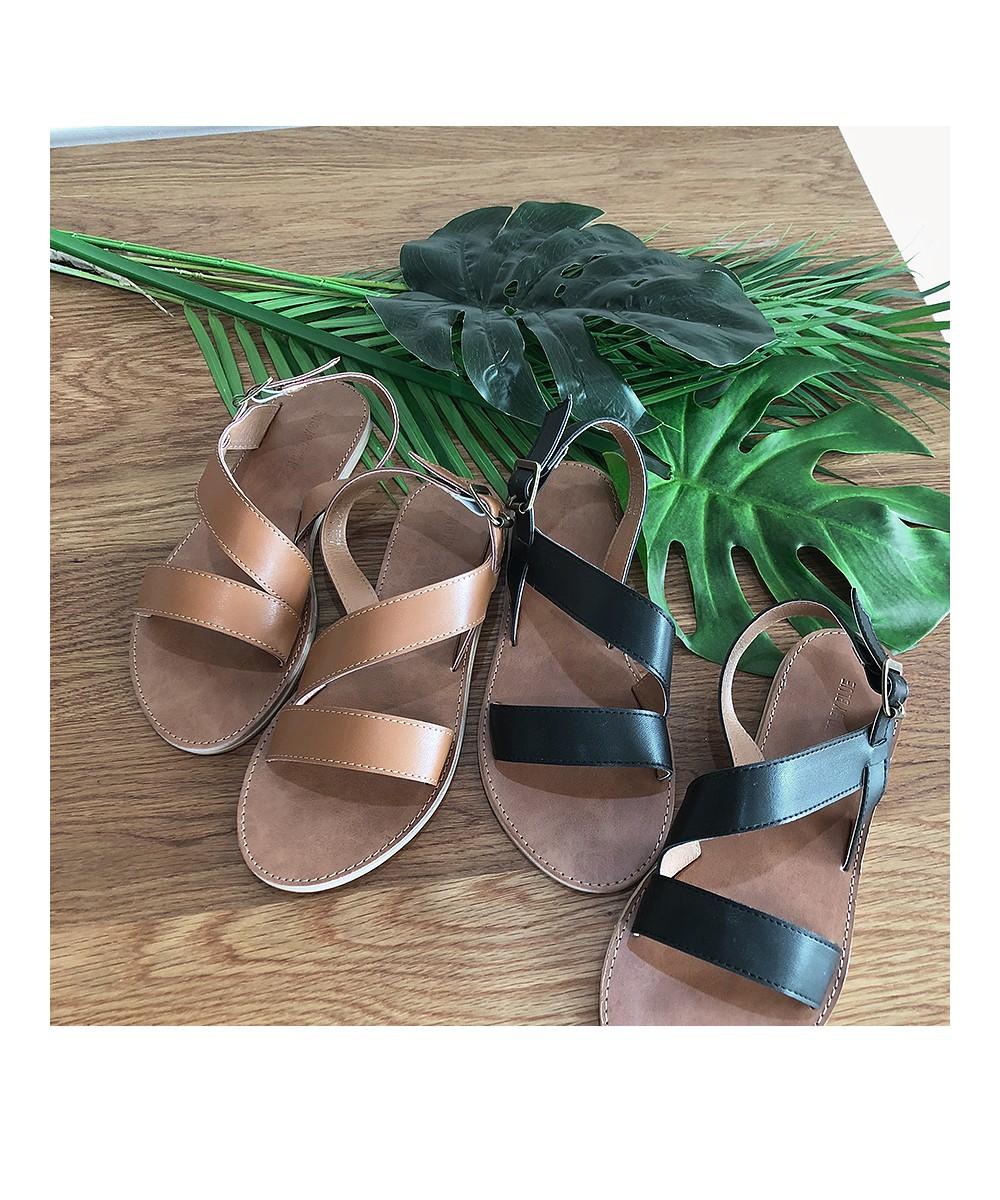 Maroon strap sandals
