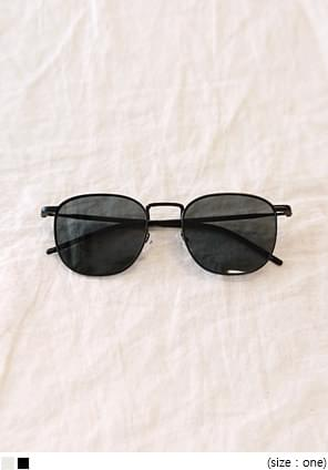 MANNISH SQUARE UV SUNGLASS