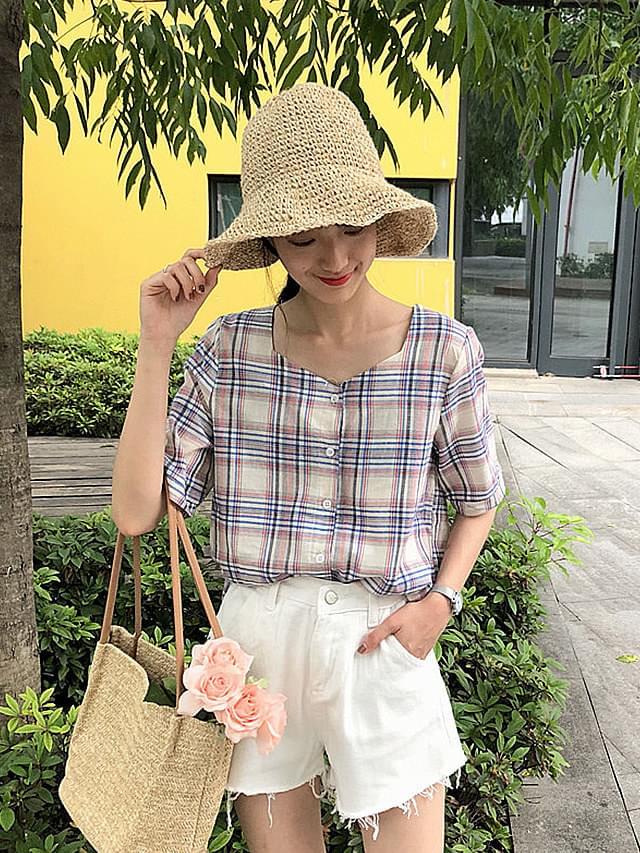 Unique neck check short sleeve blouse