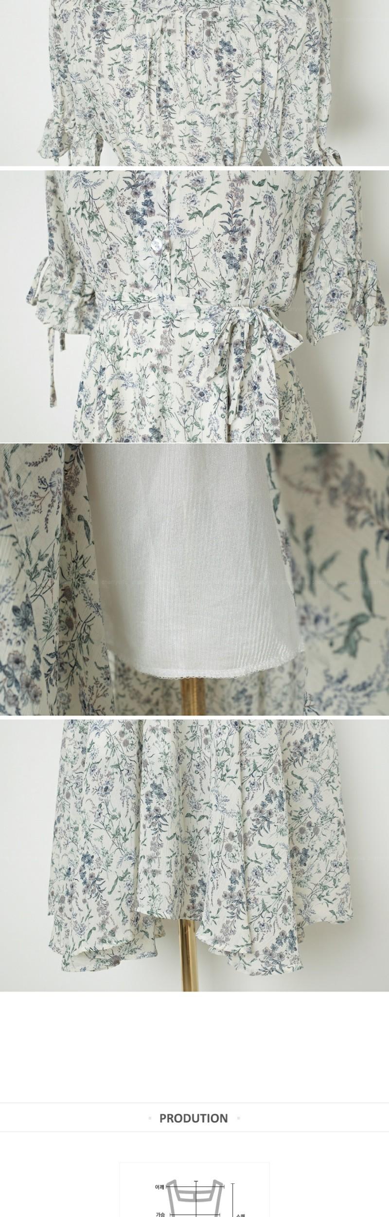 Cheerful V-wrap dress