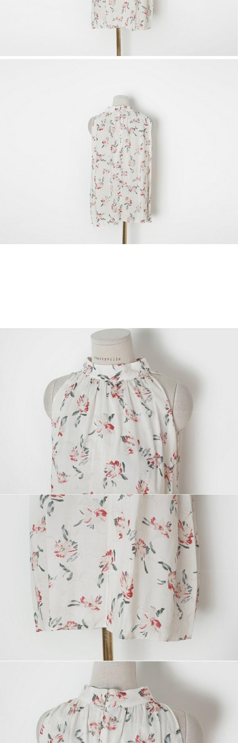 Flower holter blouse