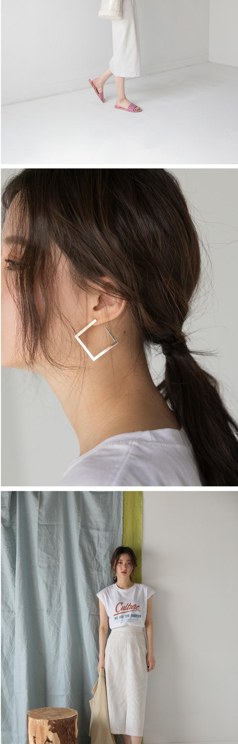 feminin mood square earring