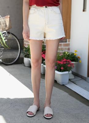 Vanilla Cotton Short Pants