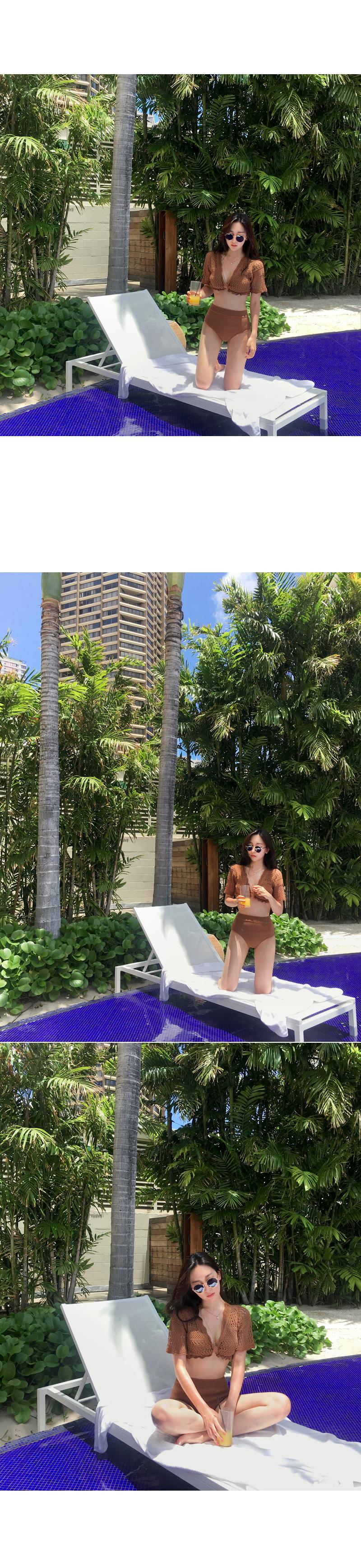 Britt bikini