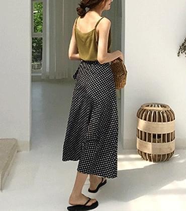 Grid dot-wrap skirt