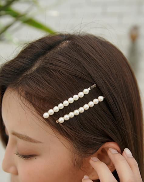 Cream-hairpin