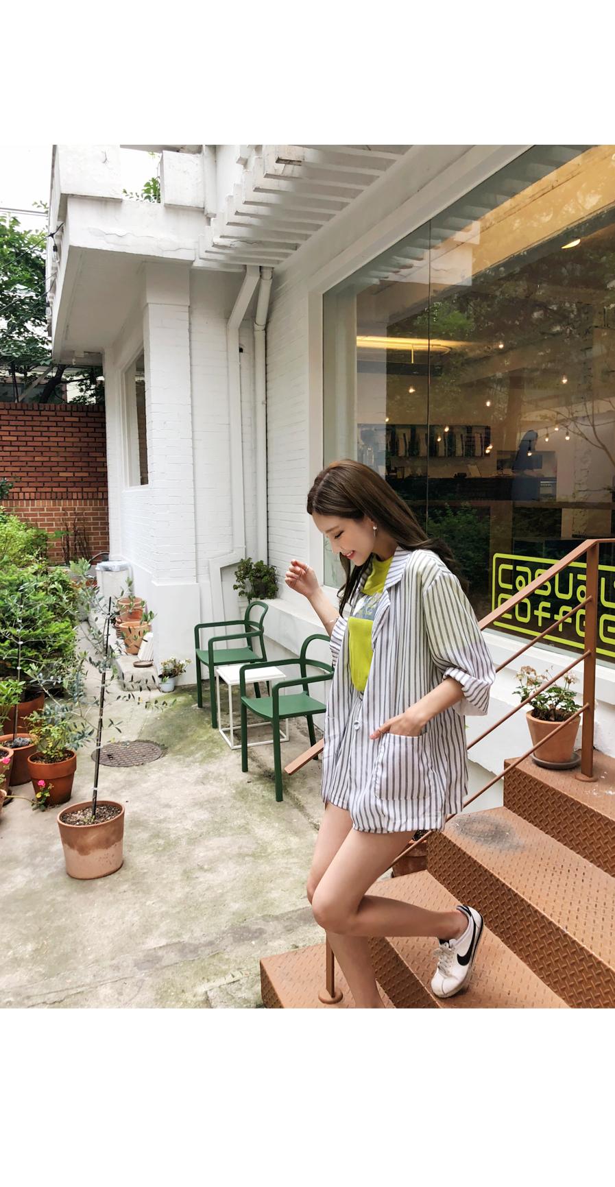 Cool striped jacket + pants set
