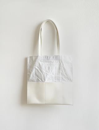 different texture combine tote bag