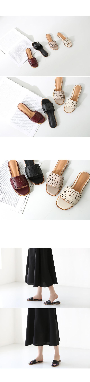 Romantic punching slippers
