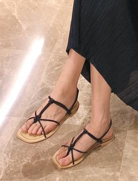 Sow thin string sandal_S (size : 225,230,235,240,245,250)