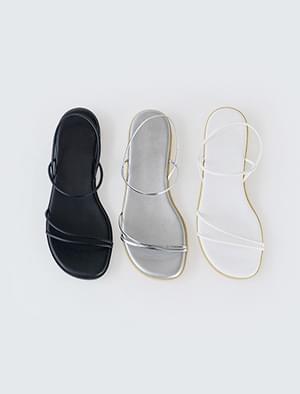 daily slim strap sandal