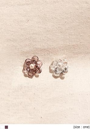 FLORAL BEADS PEARL EARRING