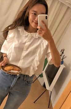 Topinut-lace blouse
