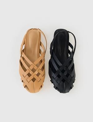 unique round shape sandal