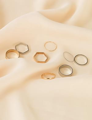 multi layered ring set