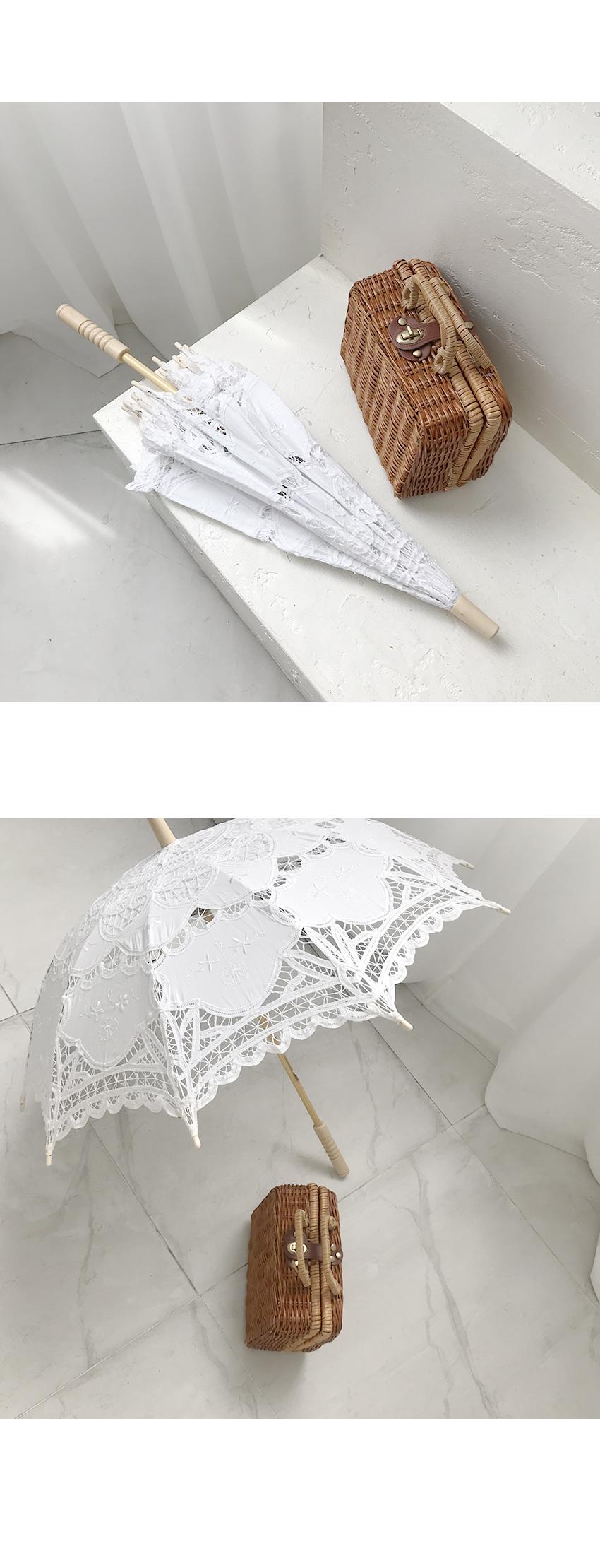 Lace Chang Yangshan