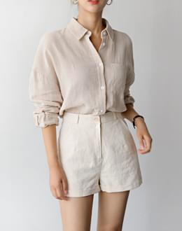 Roll-up linen short pants