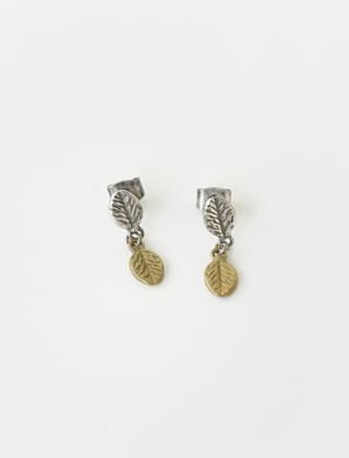 antique leaf link earrings