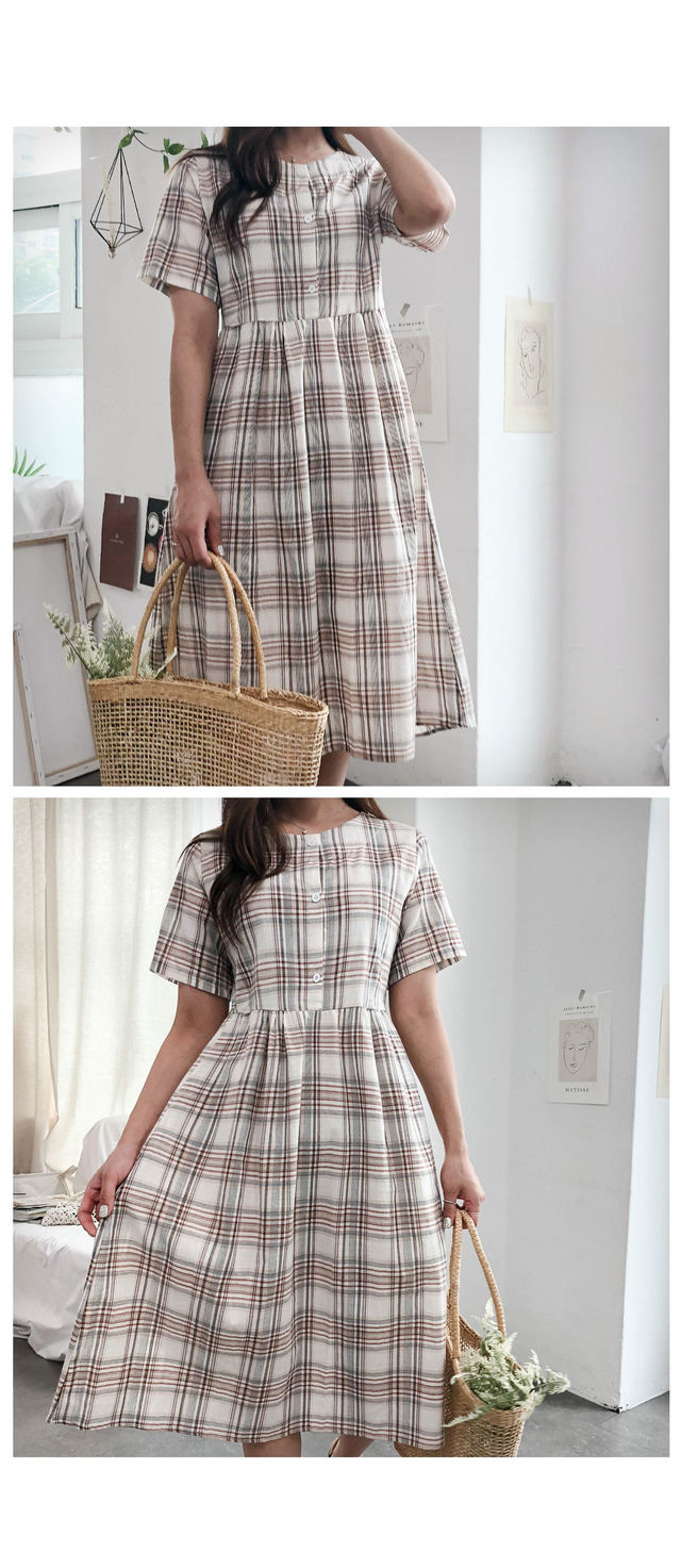 Button on check long dress