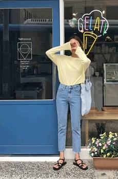 Frequency- Date Cropped Pants