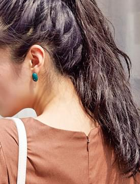 Canola oval earring_K (size : one)